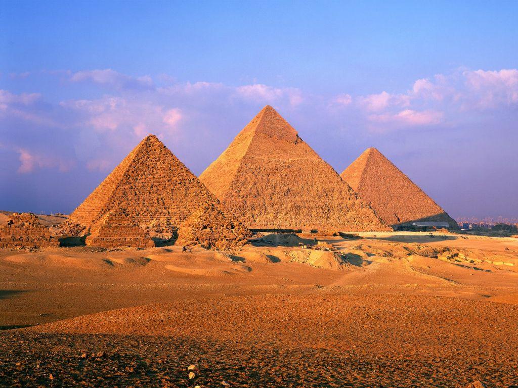 giza piramidleri