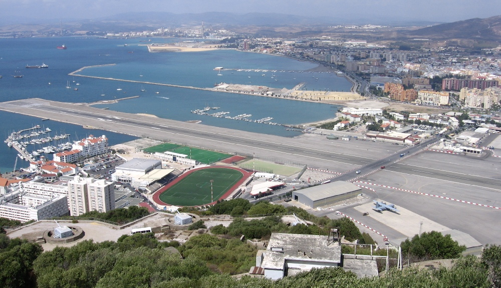 Gibraltar Havalimanı, Gibraltar