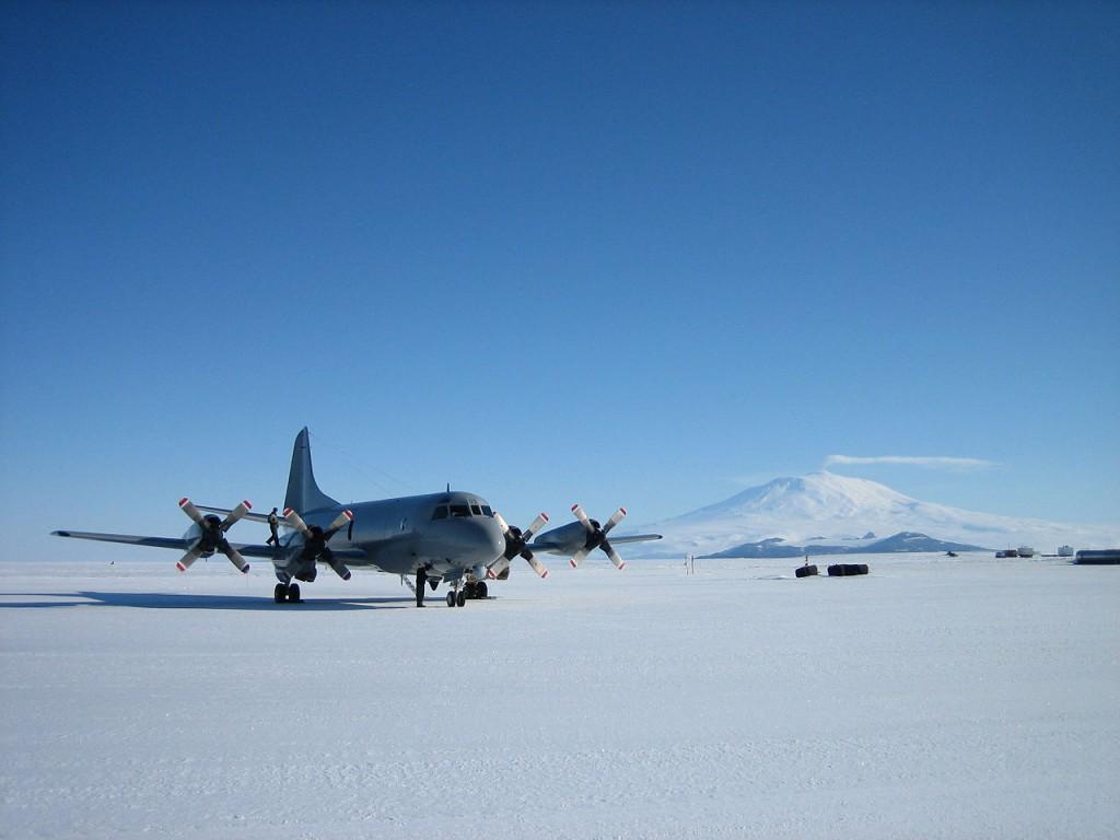 Ice Runway, Antartika