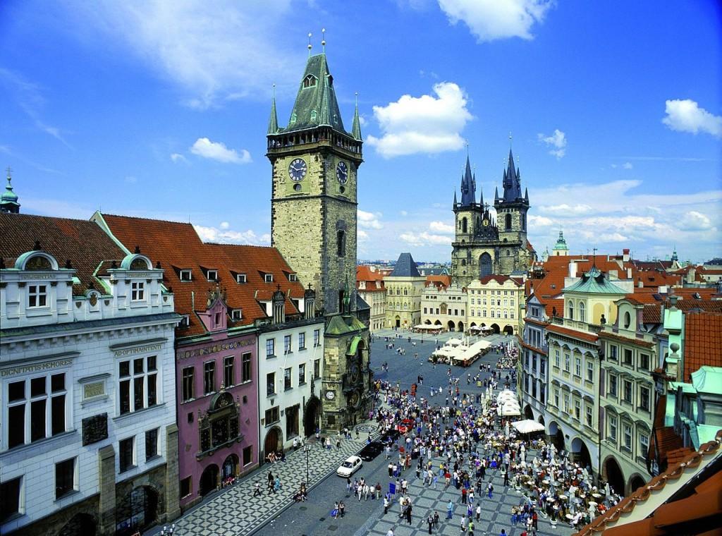 Prag Şehir Meydanı