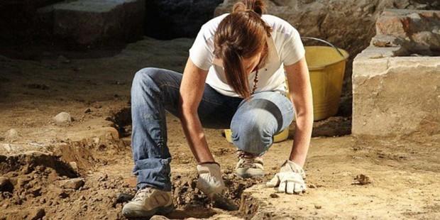işsiz arkeolog