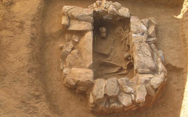 miken mezarı