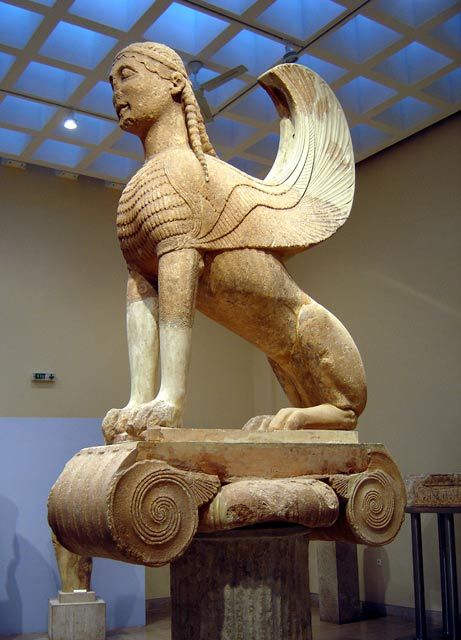 M.Ö. 6.yüzyıl civarinda Delhi'deki Yunan Sfenks'i. Bilim adamları, Yunan yazmalarının ve sanatının;kendi Sfenks uyarlamalarıyla ortaya çıkan Asyalı insanları etkilediğini söylüyor.