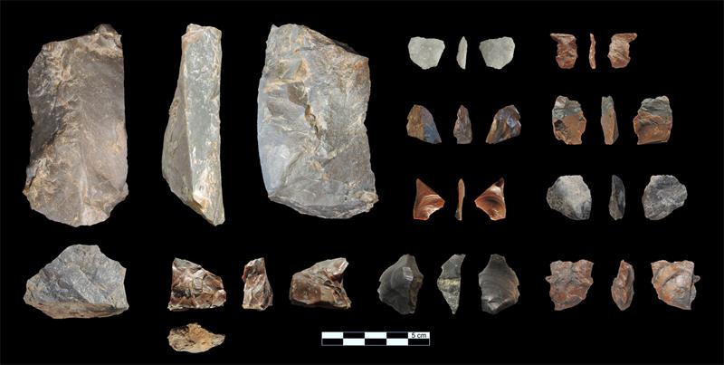 Kazı esnasında bulunan taşlar