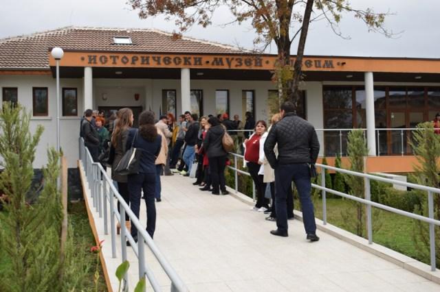 Primorsko Tarih Müzesi, 2015'te açılmasına rağmen önceden keşfedilmemiş ark- eolojik alanlardan oluşturulmuş zengin koleksiyonları ile iftihar ediyor
