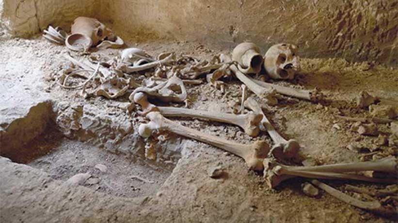 Okulun Altında 2000 Yıl Öncesine Ait Mezar Odaları Bulundu
