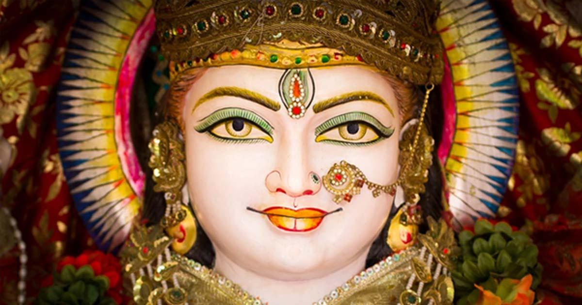 Bindi: Hinduların Alınlarındaki Noktanın Gerçek Anlamı