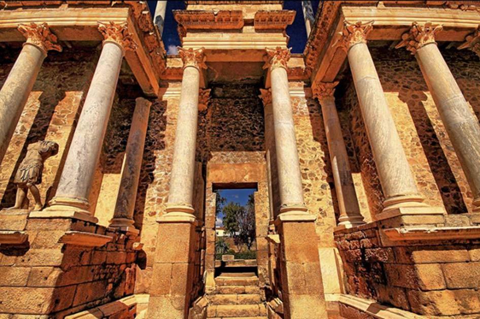 """Gizli Kalmış Bir Roma Kentine Seyahat """"Emerita Augusta"""""""
